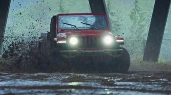 Jeep Gladiator TV Spot, 'All the Fun' Song by Bobby Darin [T1]