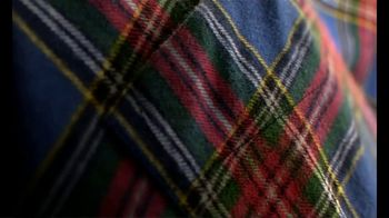 L.L. Bean Scotch Plaid Flannel TV Spot, 'Made for This: 20% Off' Song by Lady Bri - Thumbnail 5