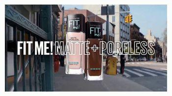 Maybelline New York Fit Me! Matte + Poreless Foundation TV Spot, 'Se adapta' [Spanish] - Thumbnail 10