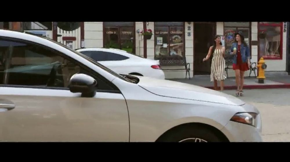 Mercedes Benz Seattle >> Mercedes Benz A Class Tv Commercial Welcome To Seattle Intelligent Voice Control T2 Video