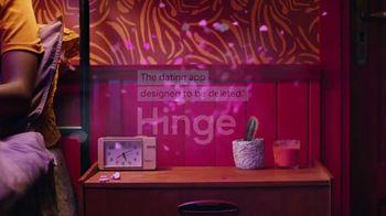 Hinge TV Spot, 'Meeting the Dog' - Thumbnail 8