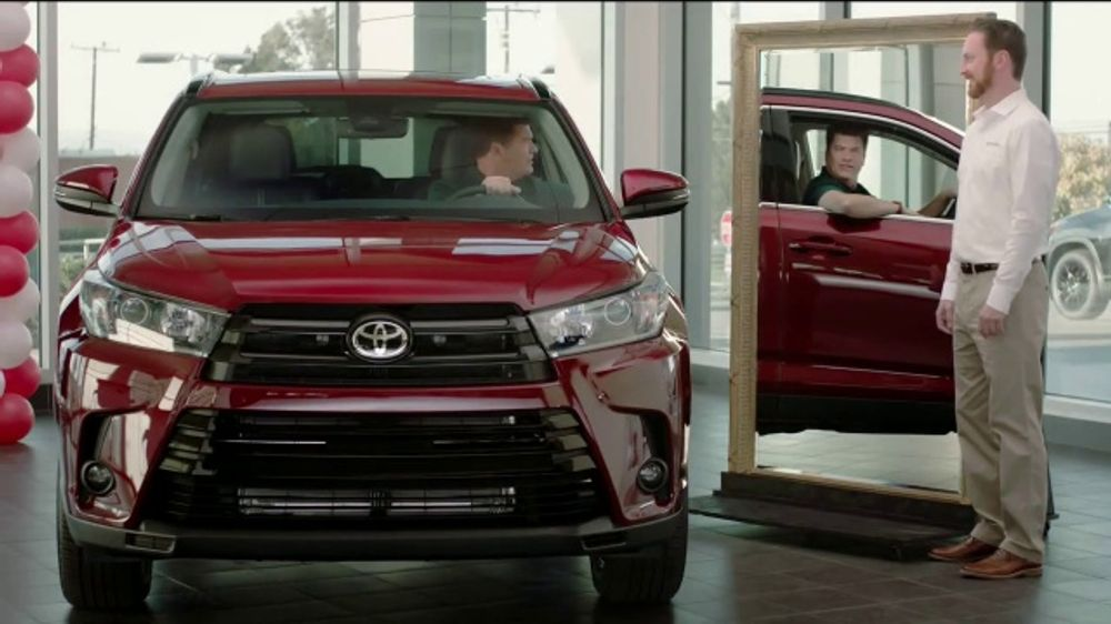 Toyota TV Commercial, 'Mirror' [T2]