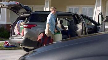 2019 Chrysler Pacifica TV Spot, 'Talking Van: Doesn't Suck' [T2] - Thumbnail 3