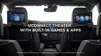 2019 Chrysler Pacifica TV Spot, 'Talking Van: Doesn't Suck' [T2] - Thumbnail 7