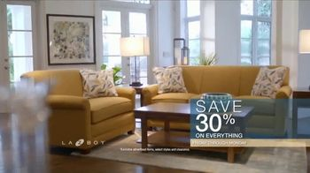 La-Z-Boy Columbus Day Sale TV Spot, 'Up to 30 Percent Off Everything' - Thumbnail 6