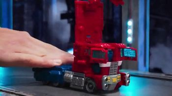 Transformers Siege War For Cybertron Trilogy TV Spot, 'Pushed to the Brink' - Thumbnail 3