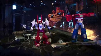 Transformers Siege War For Cybertron Trilogy TV Spot, 'Pushed to the Brink' - Thumbnail 6