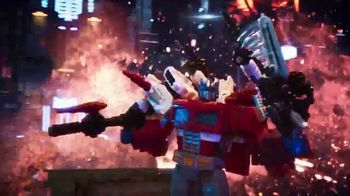 Transformers Siege War For Cybertron Trilogy TV Spot, 'Pushed to the Brink' - Thumbnail 7
