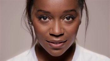 L'Oreal Paris True Match TV Spot, 'Blends Seamlessly' Featuring Elle Fanning, Aja Naomi King - Thumbnail 4