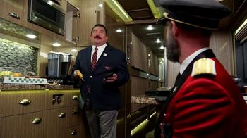 Hotels.com TV Spot, 'ABC: Minibar' Featuring Guillermo Rodriguez - Thumbnail 8
