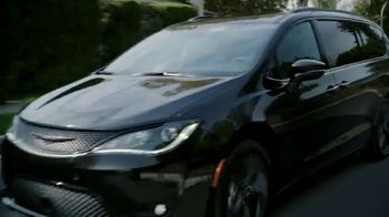 Chrysler Pacifica Blockbuster Sales Event TV Spot, 'Great Deals Come to Life' [T2] - Thumbnail 2