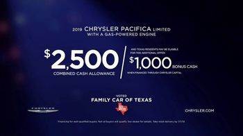 Chrysler Pacifica Blockbuster Sales Event TV Spot, 'Great Deals Come to Life' [T2] - Thumbnail 5