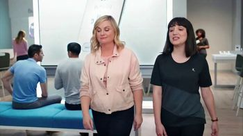 XFINITY Mobile TV Spot, 'A Little Bird Told Me: $19.99 Internet' Featuring Amy Poehler - Thumbnail 3