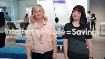 XFINITY Mobile TV Spot, 'A Little Bird Told Me: $19.99 Internet' Featuring Amy Poehler - Thumbnail 4
