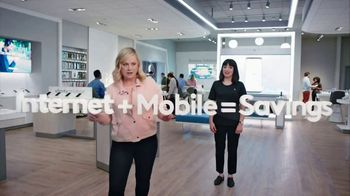 XFINITY Mobile TV Spot, 'A Little Bird Told Me: $19.99 Internet' Featuring Amy Poehler - Thumbnail 5