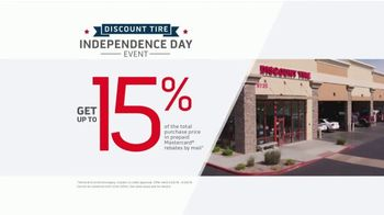 Discount Tire Independence Day Event TV Spot, 'Summer's Here' - Thumbnail 2