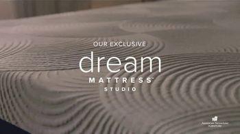 American Signature Furniture 4th of July Sale TV Spot, 'Dream Mattress Studio: Special Financing' - Thumbnail 3