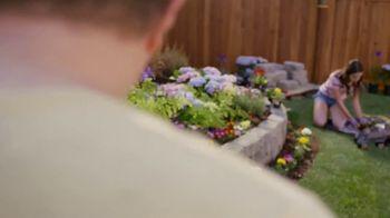 Lowe's TV Spot, 'July 4th: Mulch and Garden Soil' - Thumbnail 4