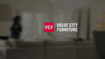 Value City Furniture 4th of July Sale TV Spot, 'Great Moments' - Thumbnail 1