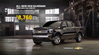2019 Chevrolet Silverado TV Spot, 'Full of Surprises' [T2] - Thumbnail 8