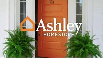 Ashley HomeStore Stars & Stripes Mattress Event TV Spot, 'Adjustable Sets & Ashley Cash' Song by Midnight Riot - Thumbnail 1