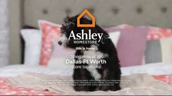 Ashley HomeStore Stars & Stripes Mattress Event TV Spot, 'Adjustable Sets & Ashley Cash' Song by Midnight Riot - Thumbnail 8
