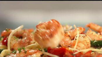 Perkins Restaurant & Bakery Shrimp Dishes TV Spot, 'Burnt Sausages' - Thumbnail 6