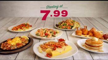 Perkins Restaurant & Bakery Shrimp Dishes TV Spot, 'Burnt Sausages' - Thumbnail 7