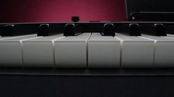 Guitar Center TV Spot, 'Independence Day: Casio Piano and Shure Mic' - Thumbnail 1