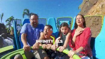 SeaWorld 4th of July Sale TV Spot, 'Infinity Falls' - Thumbnail 4