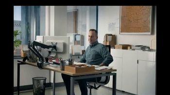 Charles Schwab TV Spot, 'Iron Butterfly Spread' - Thumbnail 8