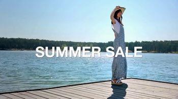 Macy's Summer Sale TV Spot, 'Outdoor Wear & Bedding' - Thumbnail 2