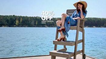 Macy's Summer Sale TV Spot, 'Outdoor Wear & Bedding' - Thumbnail 7