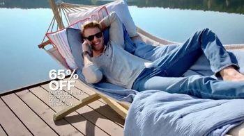 Macy's Summer Sale TV Spot, 'Outdoor Wear & Bedding' - Thumbnail 8