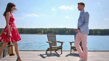 Macy's Summer Sale TV Spot, 'Stand Out Summer Looks: Extra 25 Percent Off' - Thumbnail 1