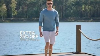 Macy's Summer Sale TV Spot, 'Stand Out Summer Looks: Extra 25 Percent Off' - Thumbnail 7