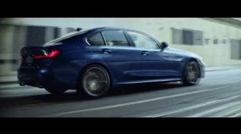 2019 BMW 3 Series TV Spot, 'Technology' Song by Dennis Lloyd [T2] - Thumbnail 7
