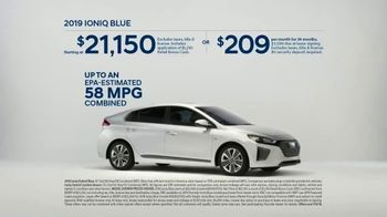 Hyundai 4th of July Sales Event TV Spot, 'Ioniq Blue: Keeps the Cost Low' [T2] - Thumbnail 9