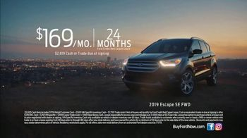 2019 Ford Escape TV Spot, 'When You Want an SUV' Song by The Jon Spencer Blues Explosion [T2] - Thumbnail 8