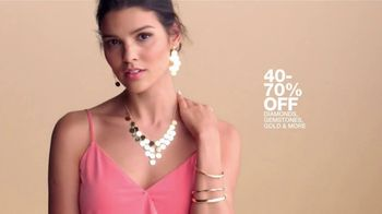 Macy's One Day Sale TV Spot, 'Deals of the Day: Fine Jewelry, Comforter Sets and Men's Sportswear' - Thumbnail 3