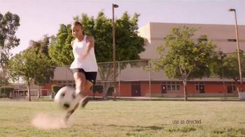 Neutrogena Oil-Free Acne Wash TV Spot, 'Fight Acne With Pink Power' Featuring Mallory Pugh - Thumbnail 4