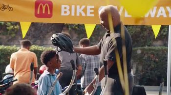 McDonald's Black & Positively Golden TV Spot, 'Never Scrambled' Song by Moses Stone - Thumbnail 3