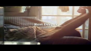 Leesa 4th of July Sale TV Spot, '10 Percent Off and Free Pillows' - Thumbnail 10