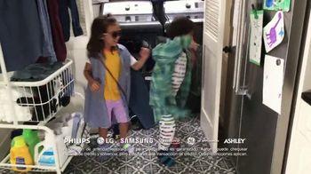Aaron's TV Spot, 'Donde la gente buena, puede tener lo que quiere' [Spanish] - Thumbnail 5