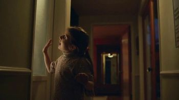 Google Nest Hub TV Spot, 'Hey Mom!' - Thumbnail 6
