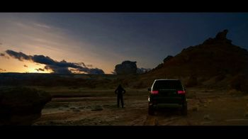 Land Rover Discovery TV Spot, 'Plotted a Course' [T1] - Thumbnail 9