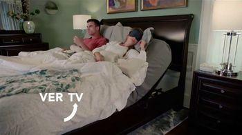 Rooms to Go TV Spot, 'Cambia tu forma de dormir: 4 de julio' con Ximena Córdoba [Spanish] - Thumbnail 5