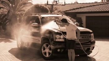 Simple Chuck TV Spot, 'Wash, Rinse and Walk Away: 10 Percent Off' - Thumbnail 2