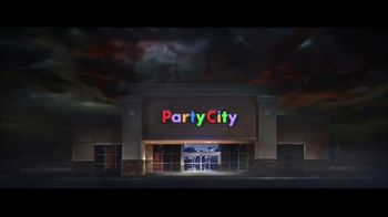 Party City TV Spot, 'Halloween: Party Cups, Hanging Props & Costumes' Song by Wilson Pickett - Thumbnail 1