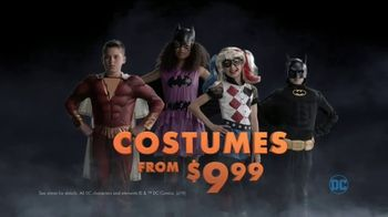 Party City TV Spot, 'Halloween: Party Cups, Hanging Props & Costumes' Song by Wilson Pickett - Thumbnail 10